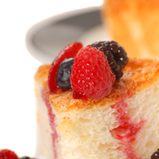 Angel Food Cake with Raspberry Sauce